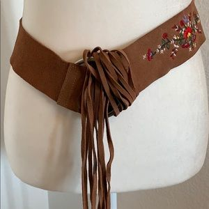 Accessories - SALE Suede Embroidered Fringe Belt Boho GUC Floral